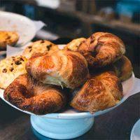 urban-youht-hostel-breakfast
