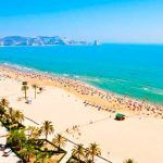 best-beaches-in-valencia-urban-youth-hostel