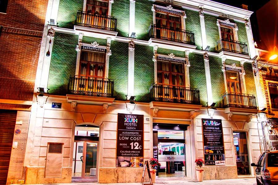 where-to-stay-in-valencia-urban-youth-hostel