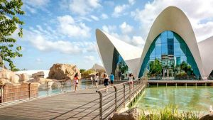 how-many-days-to-see-valencia-urban-youth-hostel