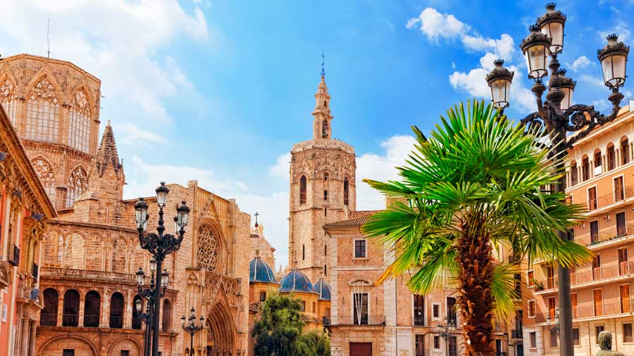 things-to-visit-in-valencia-urban-youth-hostel
