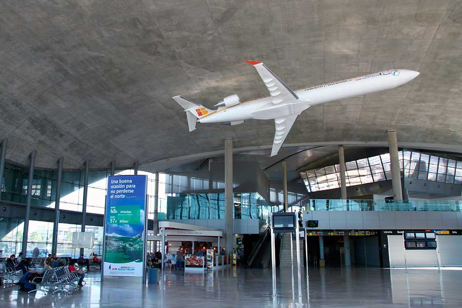 aeroporto-di-valencia-urban-youth-hostel